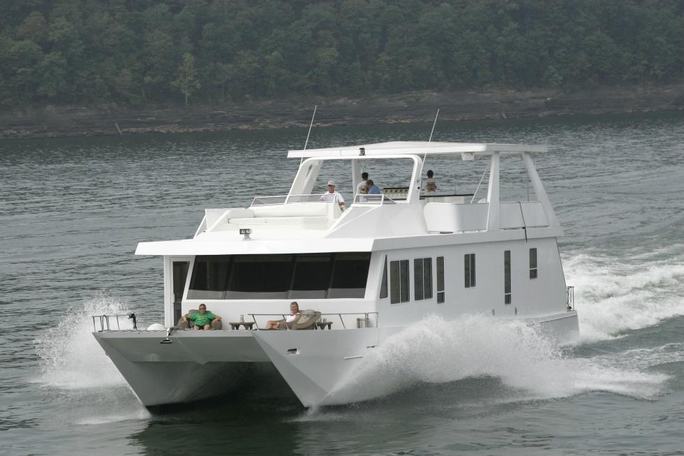 Catamaran Houseboat Refurbishing