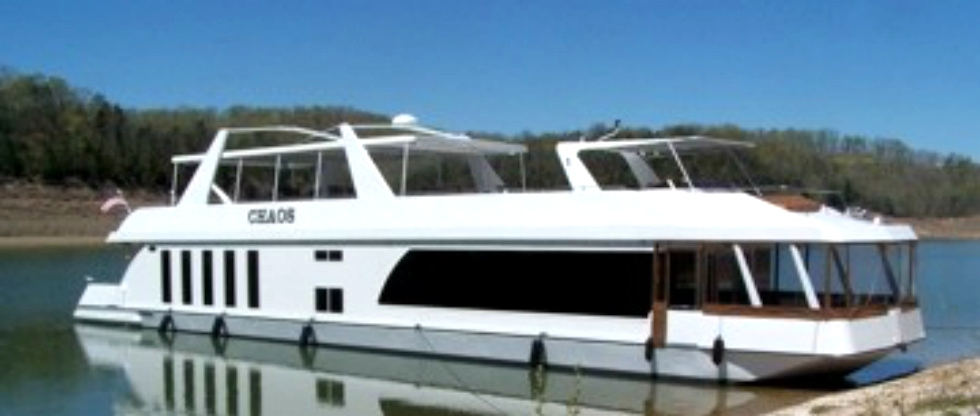 Standard Barge Style Hull with Hybrid Windows Houseboat Refurbishing