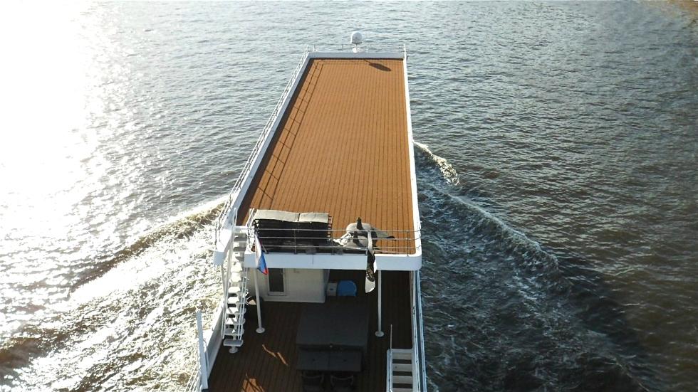 Custom Exterior Decking  Houseboat Refurbishing