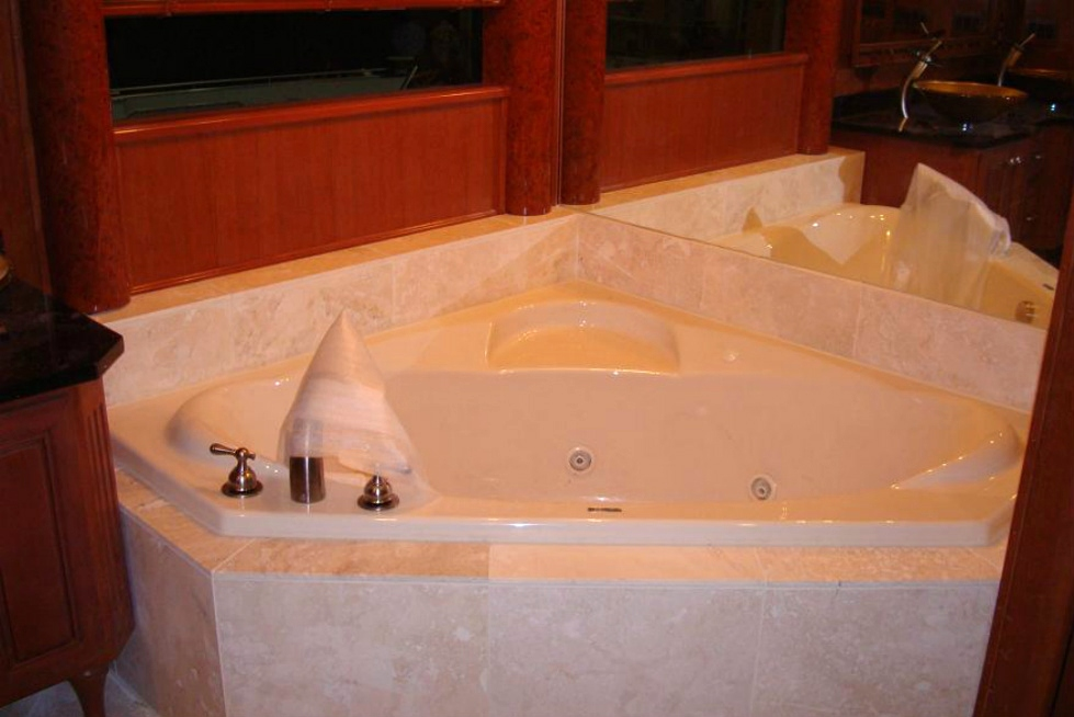 Custom Baths for Stardust Houseboats Houseboat Refurbishing